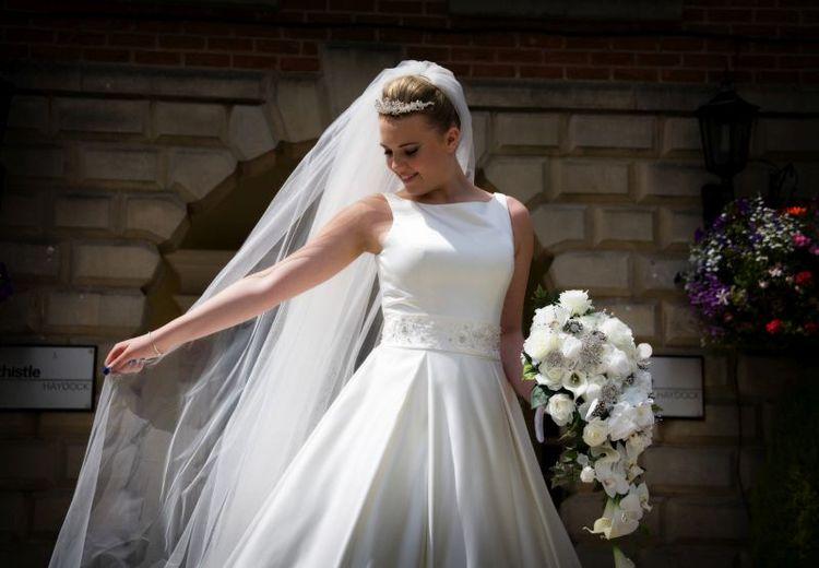 Summer Weddings Photo Shoot At The Thistle Haydock