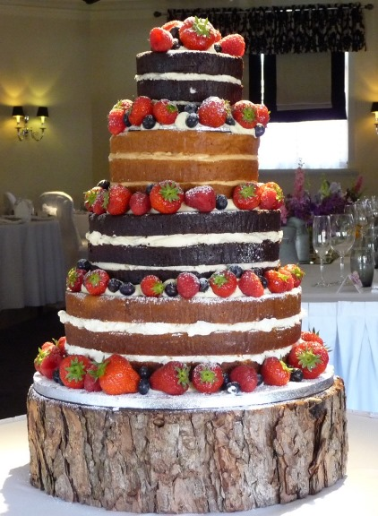 The Icing On The Cake Cake Trends 2016 - Wedding Cakes Wigan