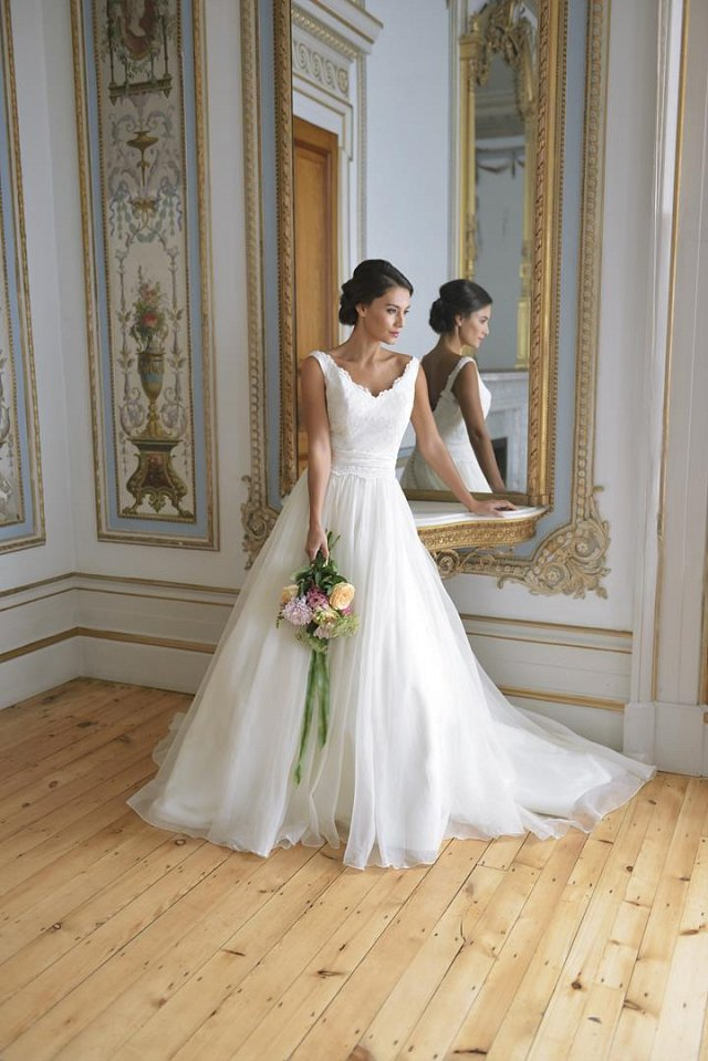 c514969ff What Every Plus Size Bride Needs to Know - by Award-Winning ...